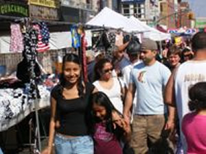 QUEENS STREET FAIRS - STREET FESTIVALS IN QUEENS NYC | street fairs Things to do Shopping Out Doors Queens Astoria Sunnyside Woodside Jackson Heights Jamaica Forest Hills Street Fairs Festivals Astoria Sunnyside Woodside Jackson Heights Jamaica Forest Hills Queens street fairs NY shopping things to do outdoors 4.10.17 - 370433 / 3.17.18 - 509440 // 11.14.18 - 624873