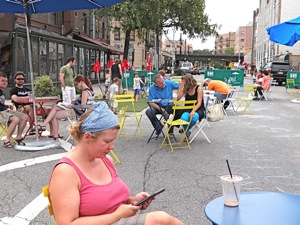 Pedestrian Malls In Queens - Newtown Plaza Astoria | newtown avenue plaza pedestrian malls in astoria pedestrian malls in queens newtown avenue pedestrian mall
