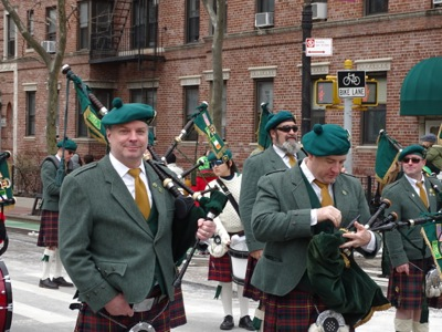 st pats for all parade sunnyside queens photos video st pats for all parade queens sunnyside nyc