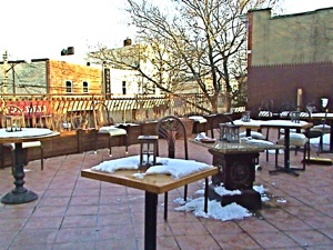 restaurants in astoria outdoor patio