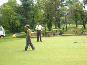 golf courses in queens labor day weekend