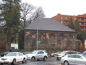 friends meeting house queens history
