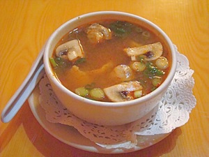 tom yum soup lemon grass lime hot chili soup jackson heights