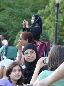 women wearing hijabs in queens ny