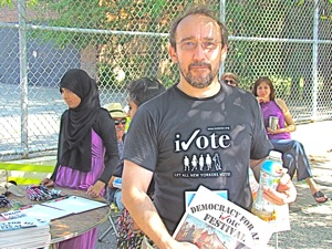 david andersson of the humanist party organizers of the ivote festival in jackson heights