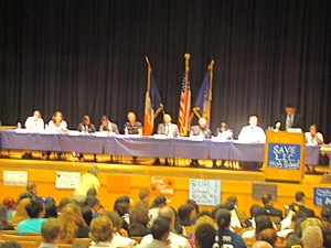 long island city high school in queens public closure meeting