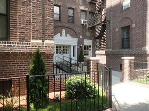 condos in jackson Heights