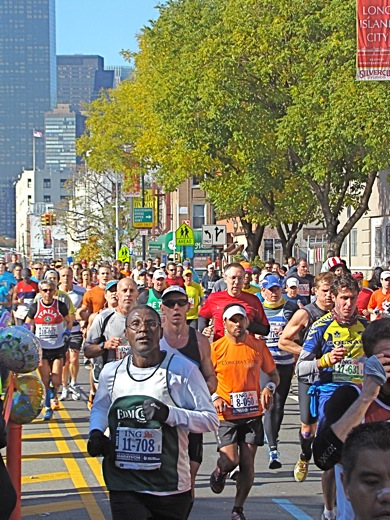 best times to watch the nyc marathon in queens