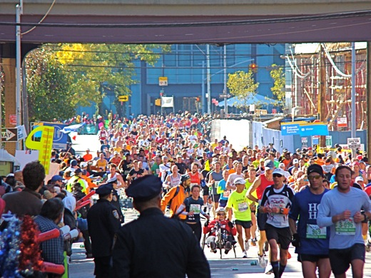 places to watch nyc marathon in queens lic long island city