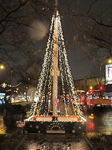 holiday tree lighting events in sunnyside woodside queens