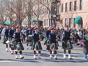 bagpipers at st pats parade in queens