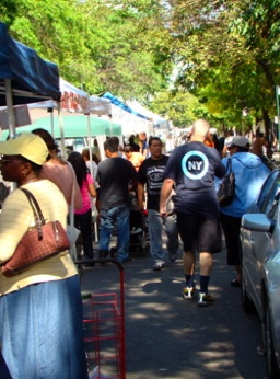 jackson heights neighborhood farmers market