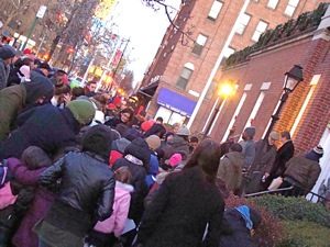 queens holiday events christmas tree lighting jackson heights hanukkah candle lighting queens