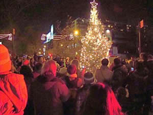 holiday events queens christmas tree lighting lic hanukkah candle lighting menorah long island city lic