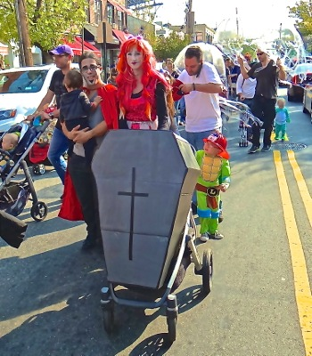 astoria halloween parade
