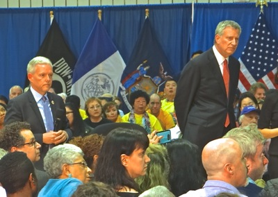 mayor de blasio town hall sunnyside