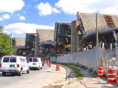 kociuszko bridge demolition queens brooklyn nyc